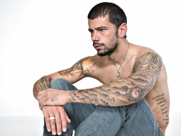 Tatouage Ange Avec Nuage Modeles Et Exemples