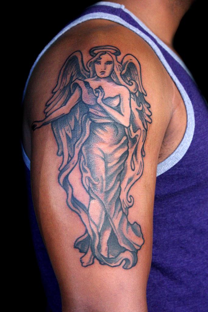 Tatouage ange discret mod les et exemples - Dessin d ange gardien ...