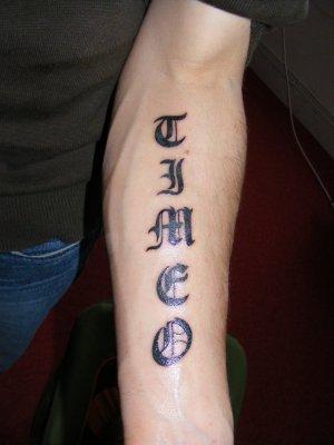 Tatouage avant bras gauche mod les et exemples - Tatouage chiffre romain avant bras ...