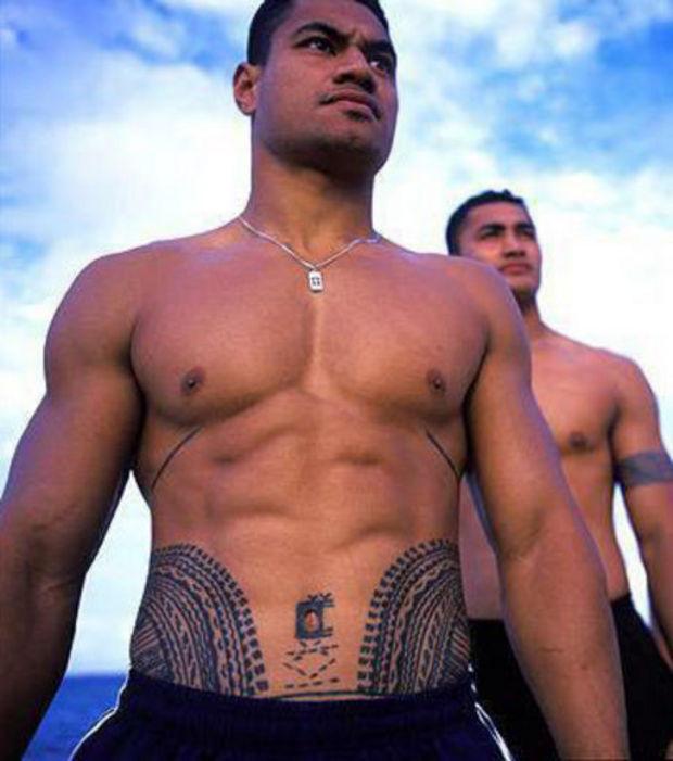 Tatouage Bas Ventre Homme Modeles Et Exemples