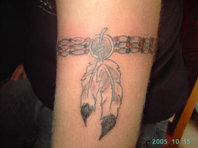 Tatouage bracelet indien bras mod les et exemples - Tatouage tour de bras ...