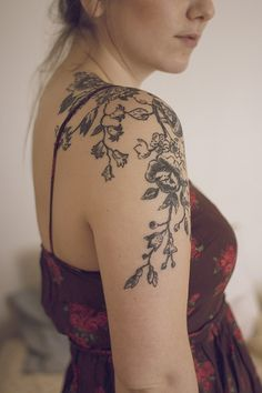 Tatouage De Bras Femme Top Tatouage Visage Sur Le Bras With