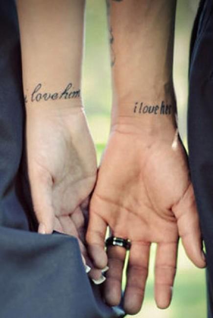 tatouage discret amour