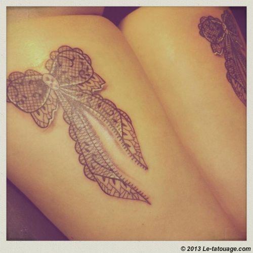 tatouage femme noeud papillon mod les et exemples. Black Bedroom Furniture Sets. Home Design Ideas