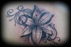 tatouage fleur lys