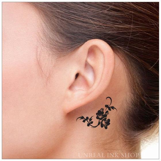 Tatouage Fleur Oreille Modeles Et Exemples