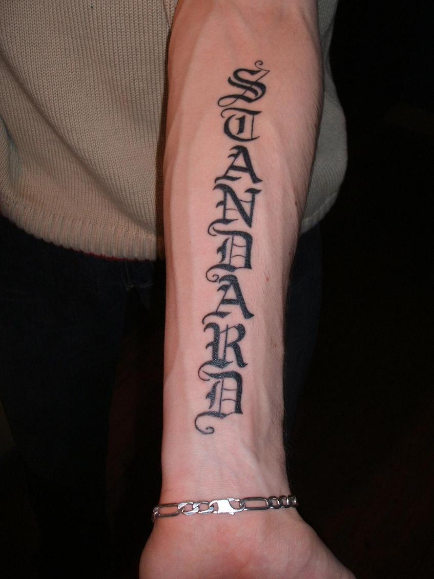 Tatouage gothique avant bras mod les et exemples - Tatouage avant bras prenom ...