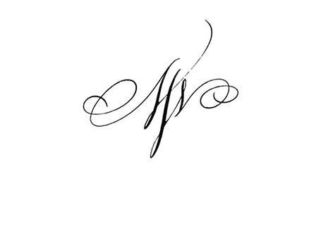 tatouage initiale entrelacé; tatouage initiale entrelacé; tatouage initiale entrelacé