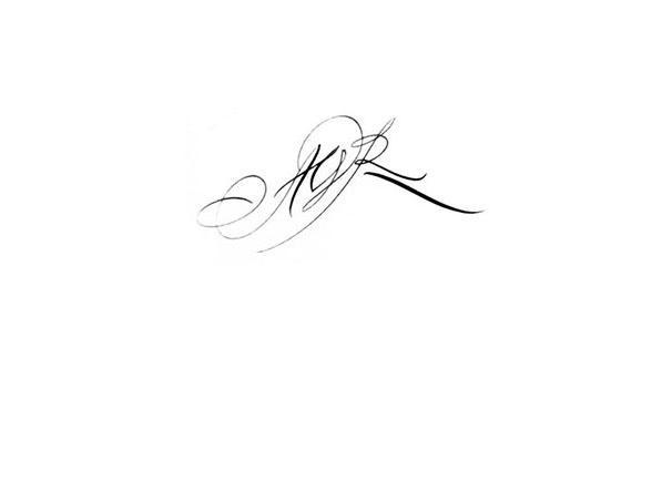 Tatouage Initiale R Modeles Et Exemples