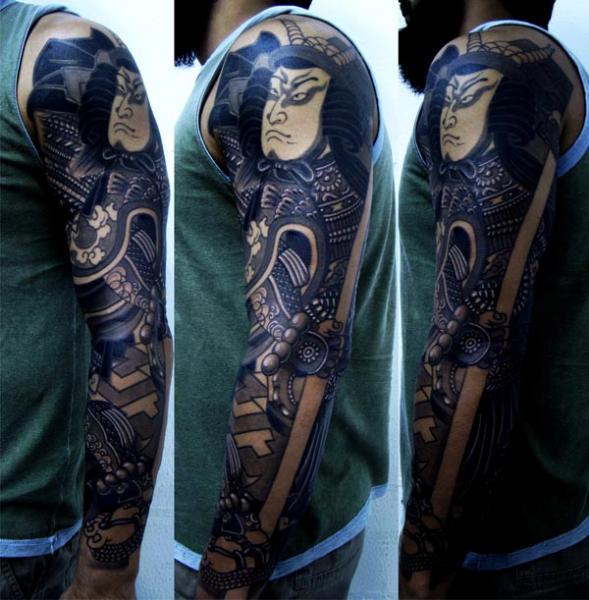 tatouage japonais invisible