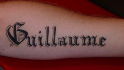Tatouage nom en gothique mod les et exemples - Prenom en japonais pour tatouage ...