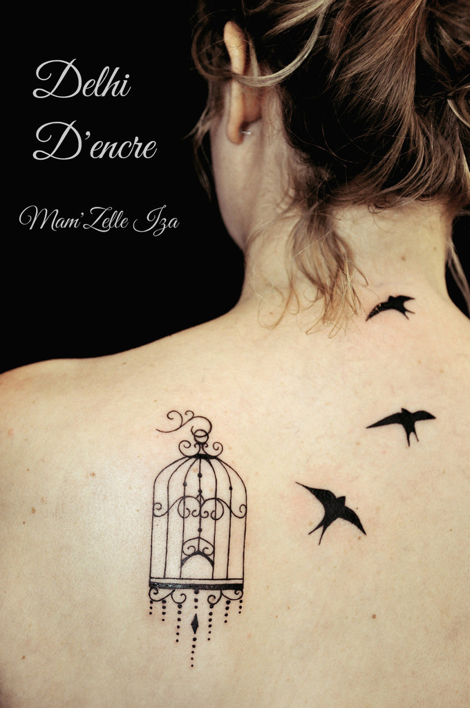 tatouage oiseau en cage mod les et exemples. Black Bedroom Furniture Sets. Home Design Ideas