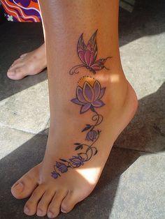 Tatouage Pied Cheville Fleur De Lys Modeles Et Exemples