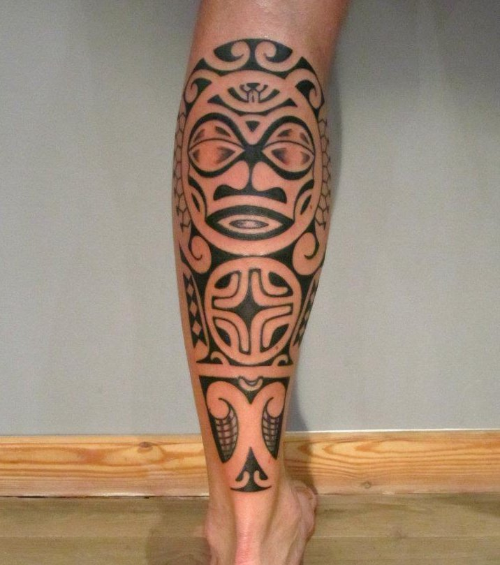 tatouage cuisse femme bracelet maori. Black Bedroom Furniture Sets. Home Design Ideas