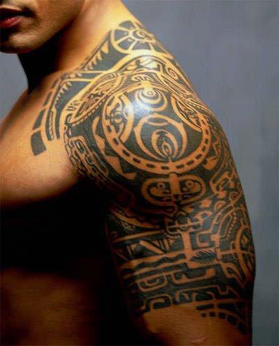 tatouage tribal neo zelandais mod les et exemples. Black Bedroom Furniture Sets. Home Design Ideas