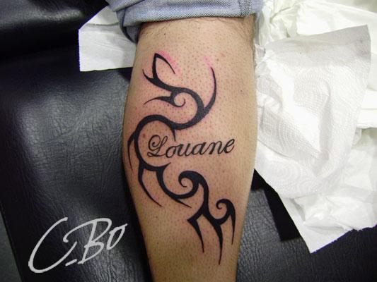 Tatouage tribal prenom mod les et exemples - Idee tatouage prenom ...