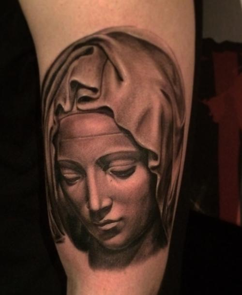 Tatouage Vierge Avant Bras Modeles Et Exemples
